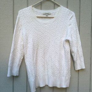 White knitted 3/4 sleeve sweater